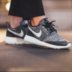 Nike Roshe One Flyknit Sahara Cool Grey | Sz 8